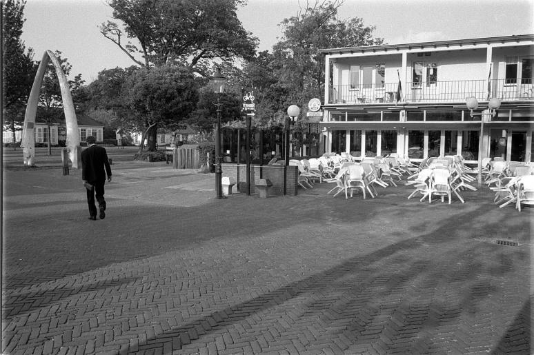• Nieuwestreek tegenover het Hotel, 16 mei 1993