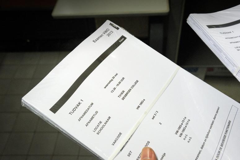 • Examen Frans versie 1, Segbroek College Den Haag, 30 mei 2013