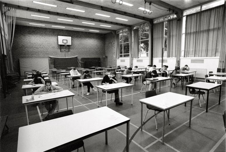 • Segbroek College Den Haag, 27 mei 1998