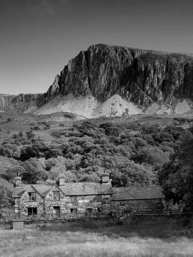 • Cader Idris (Dolgellau Wales 893 m) 2013 july 13th, 18:02 hr