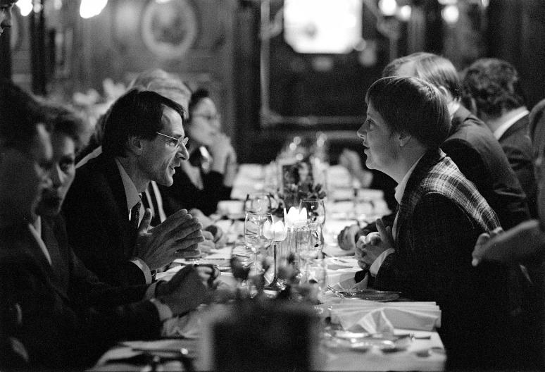 • Angela Merkel en Jo Ritzen. Bonn 9 november 1993